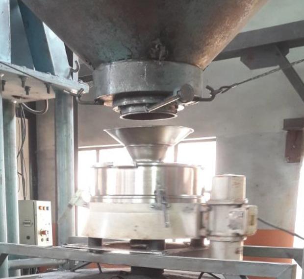 Przesiewacz przemysłowy do proszków metali